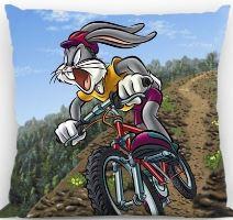 VERATEX Polštářek Bugs Bunny na kole 40x40 cm